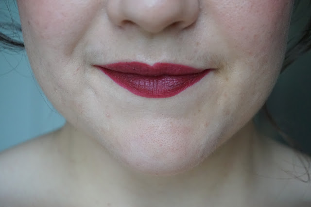 rouge_favoris_red_lipsticks_revue_avis_swatches_gossamer_emotion_128_marsala_kiko