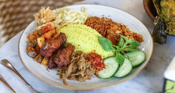 Cara membuat nasi uduk kuning