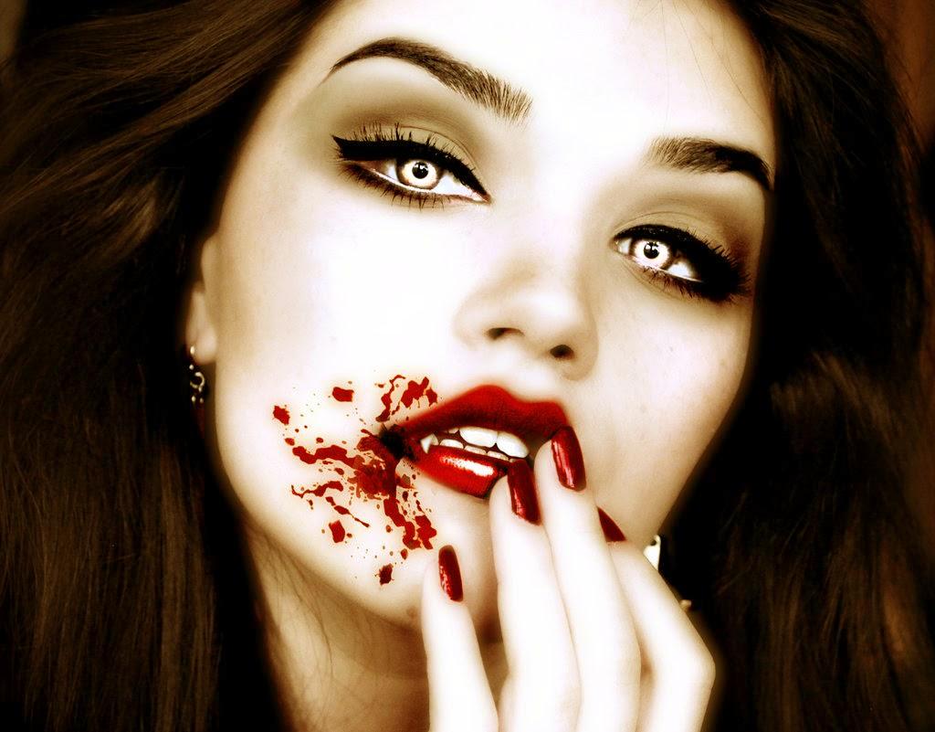 El Espejo Gótico Cómo Atraer A Un Vampiro