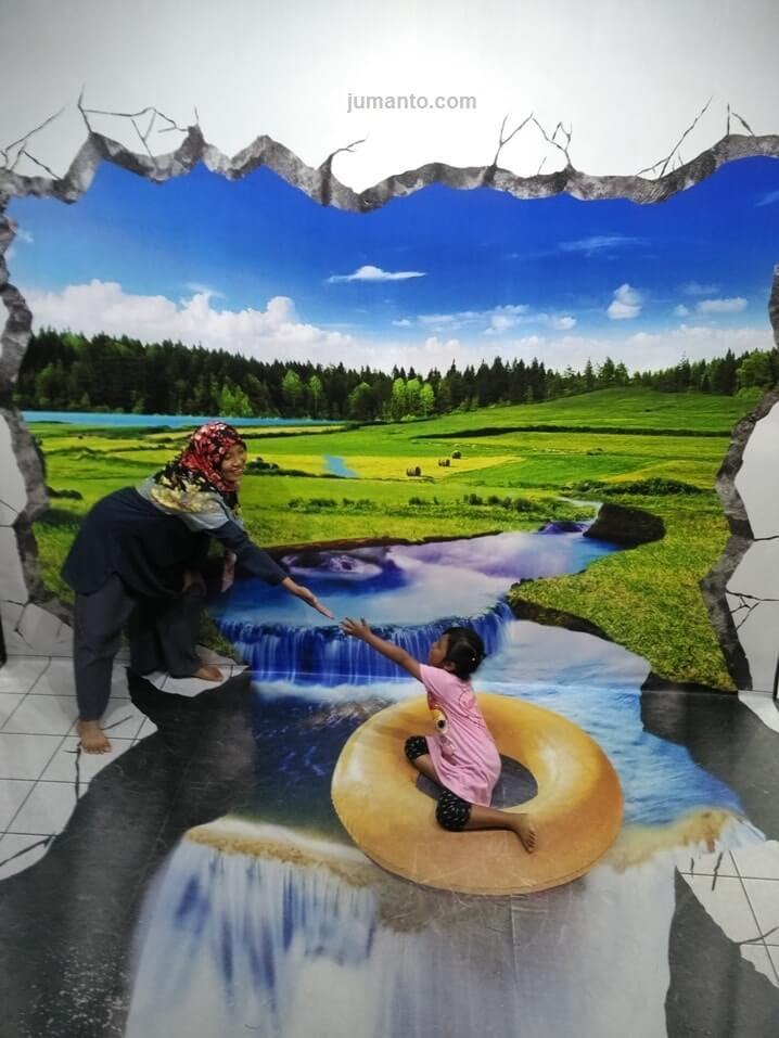 foto trik di gramedia world palembang
