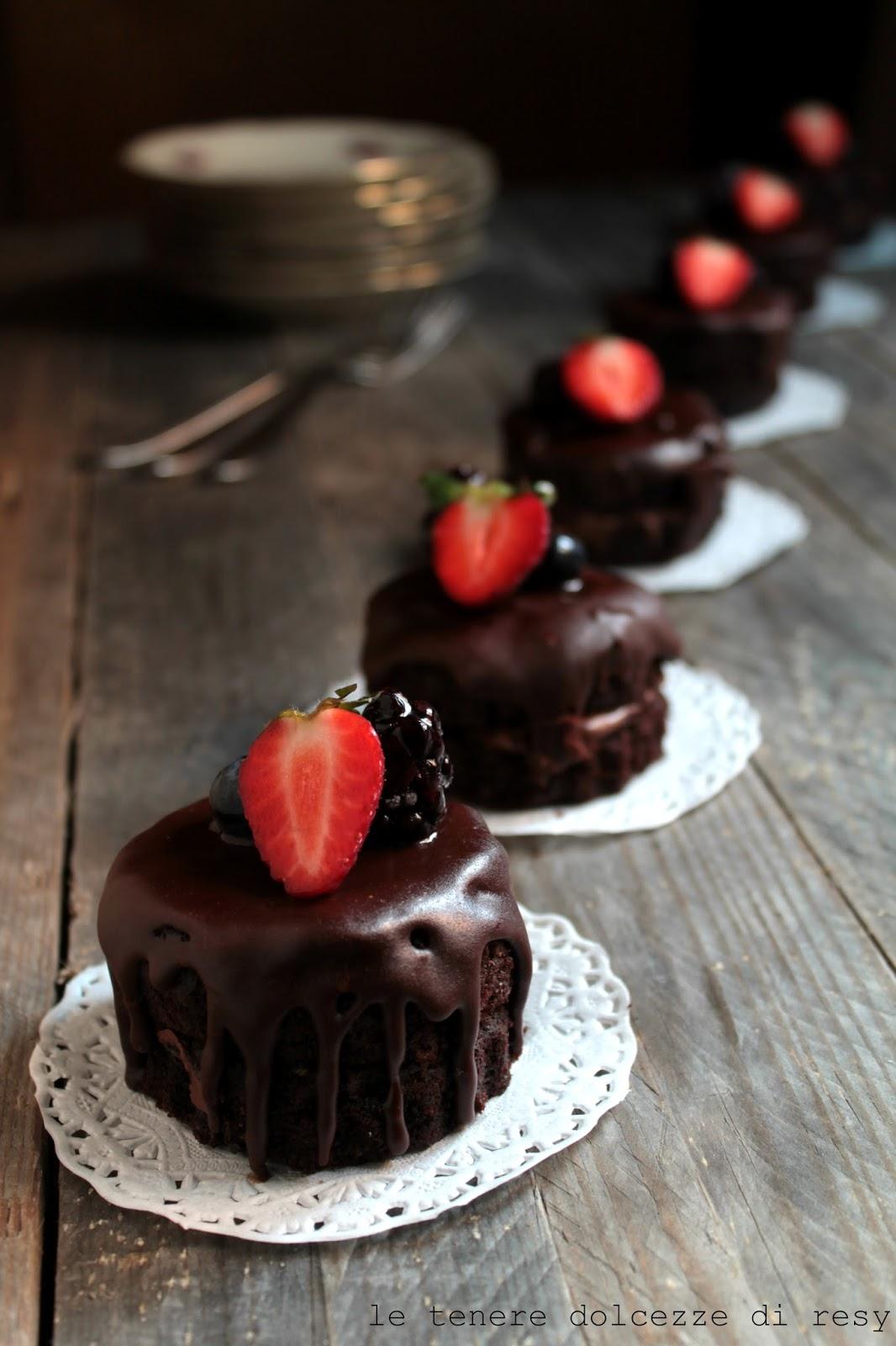 Amato le tenere dolcezze di resy: Mini cakes al cioccolato e caffè  IA22
