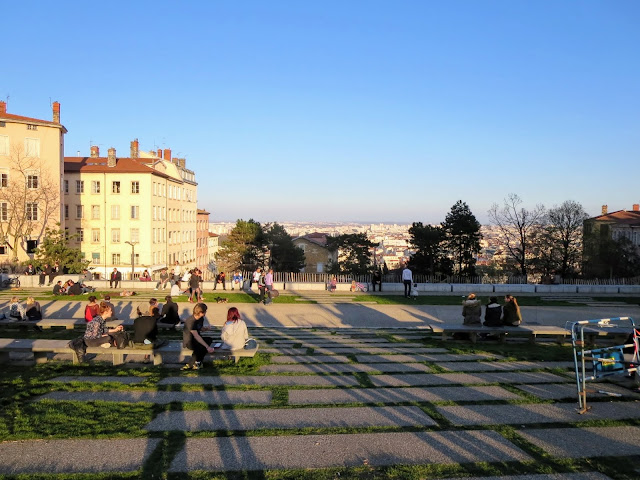 Things to do in Lyon France in 3 days: Le Croix Rousse