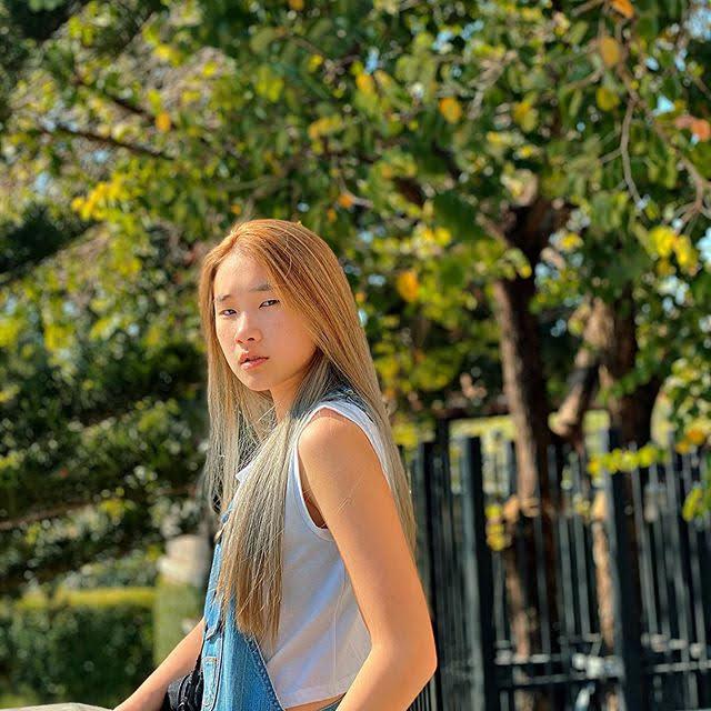 Xin Yi 24