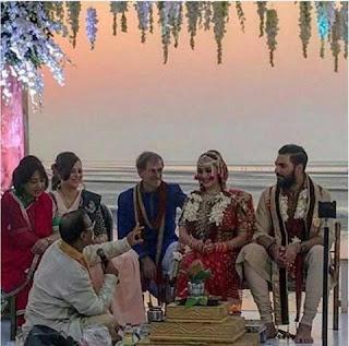 Yuvraj Singh and Hazel Keech keep their feet in the new life (Wedding)