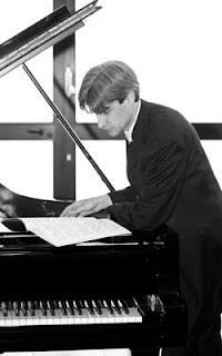 FRANCESCO ATTESTI, piano. 1