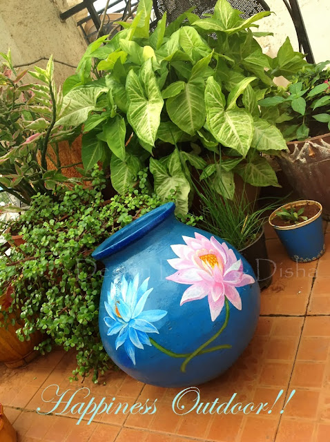 Lotus painted on pot