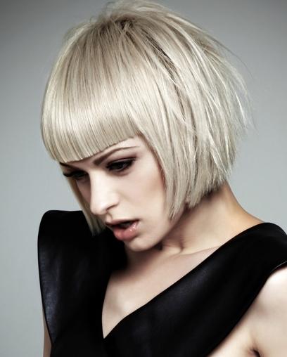 Regeneracja Włosów Strzyżenie Modelowaniefarbowanie Loki