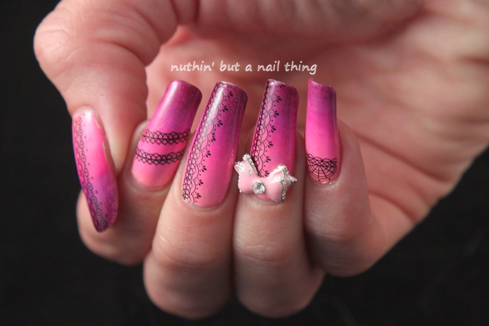 Pink lace gradient nail art