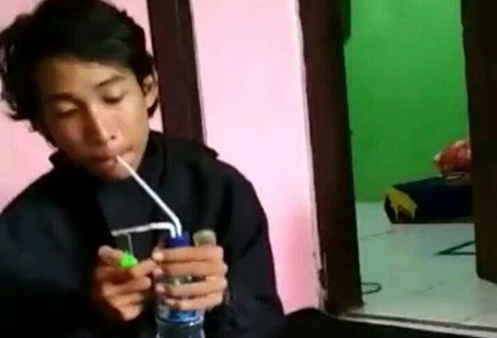 Video Remaja Berlogat Makassar Lagi Nyabu