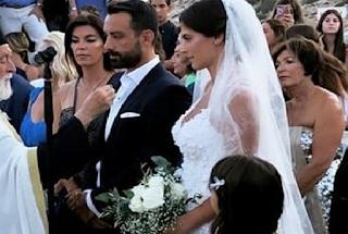 Τανιμανίδης – Μπόμπα: Οι πρώτες εικόνες του γάμου - Ο γαμπρός χόρεψε ποντιακά ενώ περίμενε τη νύφη