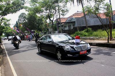 Paspampres mengawal Presiden Jokowi mengendarai Yamaha FZ1