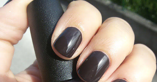 "Swatches: ""Shh..it's top secret"" - OPI"