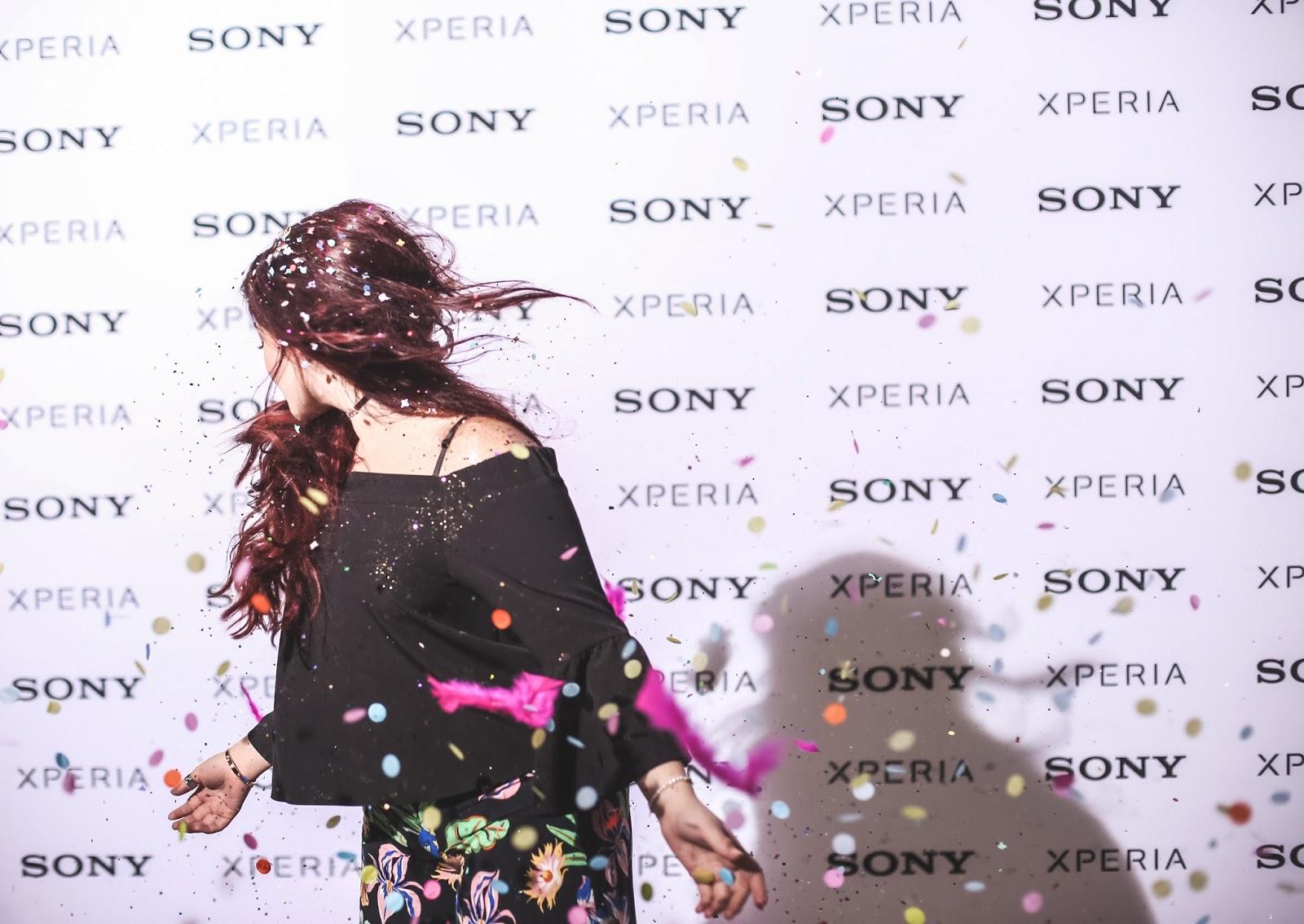 Sony Xperia XZ Premium super slowmotion venus is naive