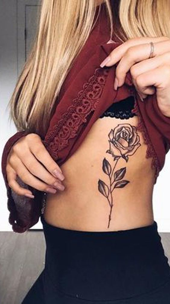 16 Sexy Stomach Tattoos Designs For Women