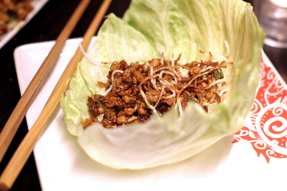 Lettuce wraps at P.F. Chang's restaurant in London - UK lifestyle blog
