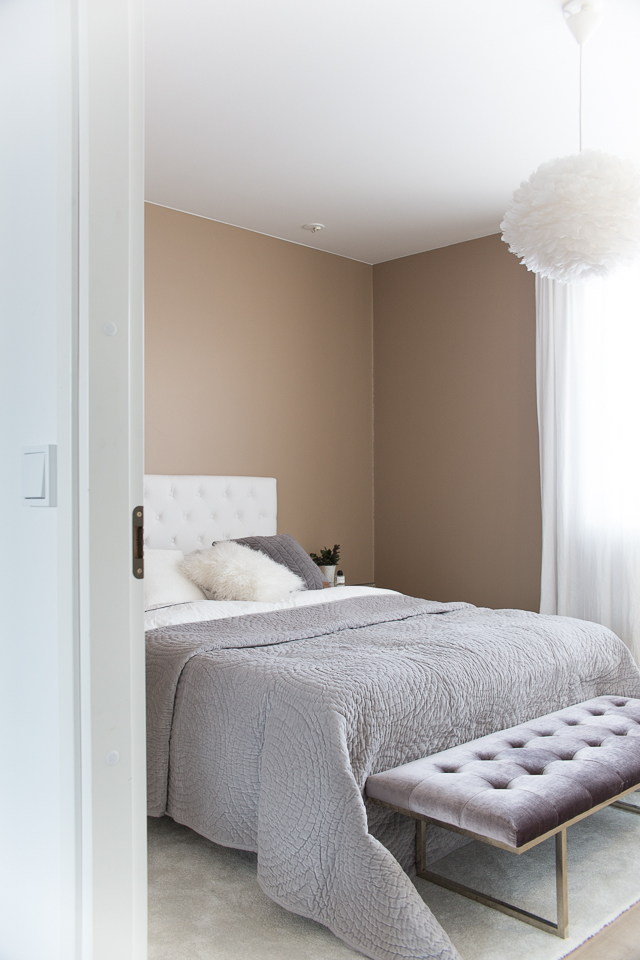 Broste päiväpeitto, samettinen päiväpeitto, Villa H, Zarro, makuuhuoneen sisustus