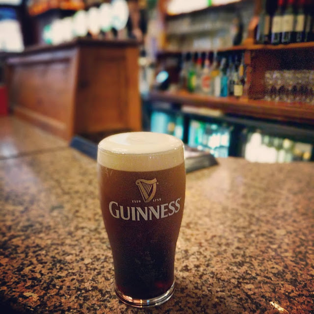 One Day in Dublin Itinerary: pint of Guinness