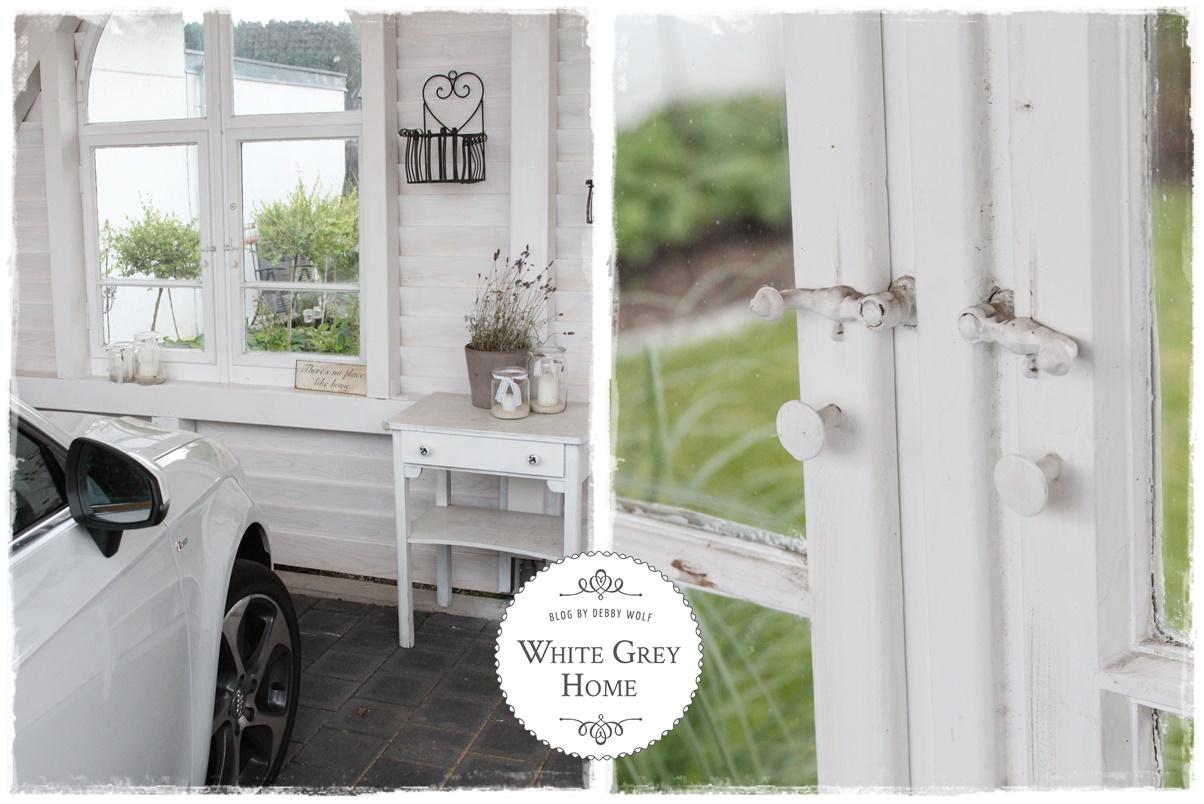 White grey home schwedenhaus for Lampen aus es schlafen alle leute