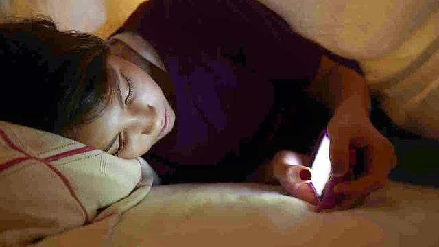 Simak Tips Berikut untuk Hindari Ponsel Meledak