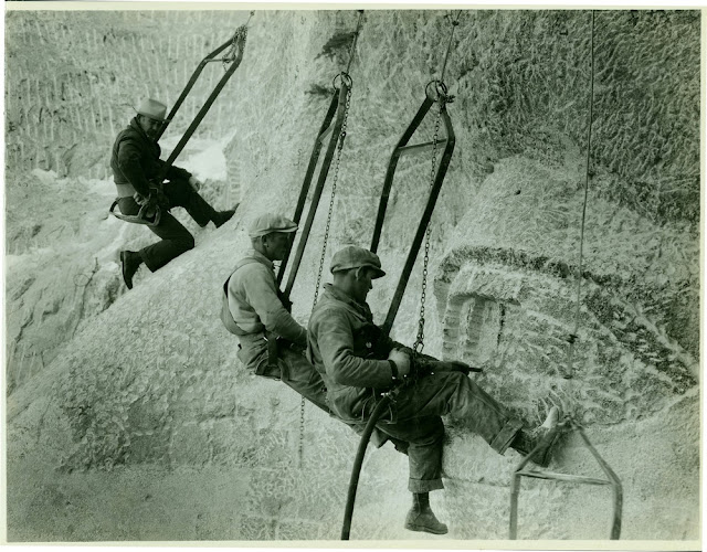 Construcción del Monumento Monte Rushmore