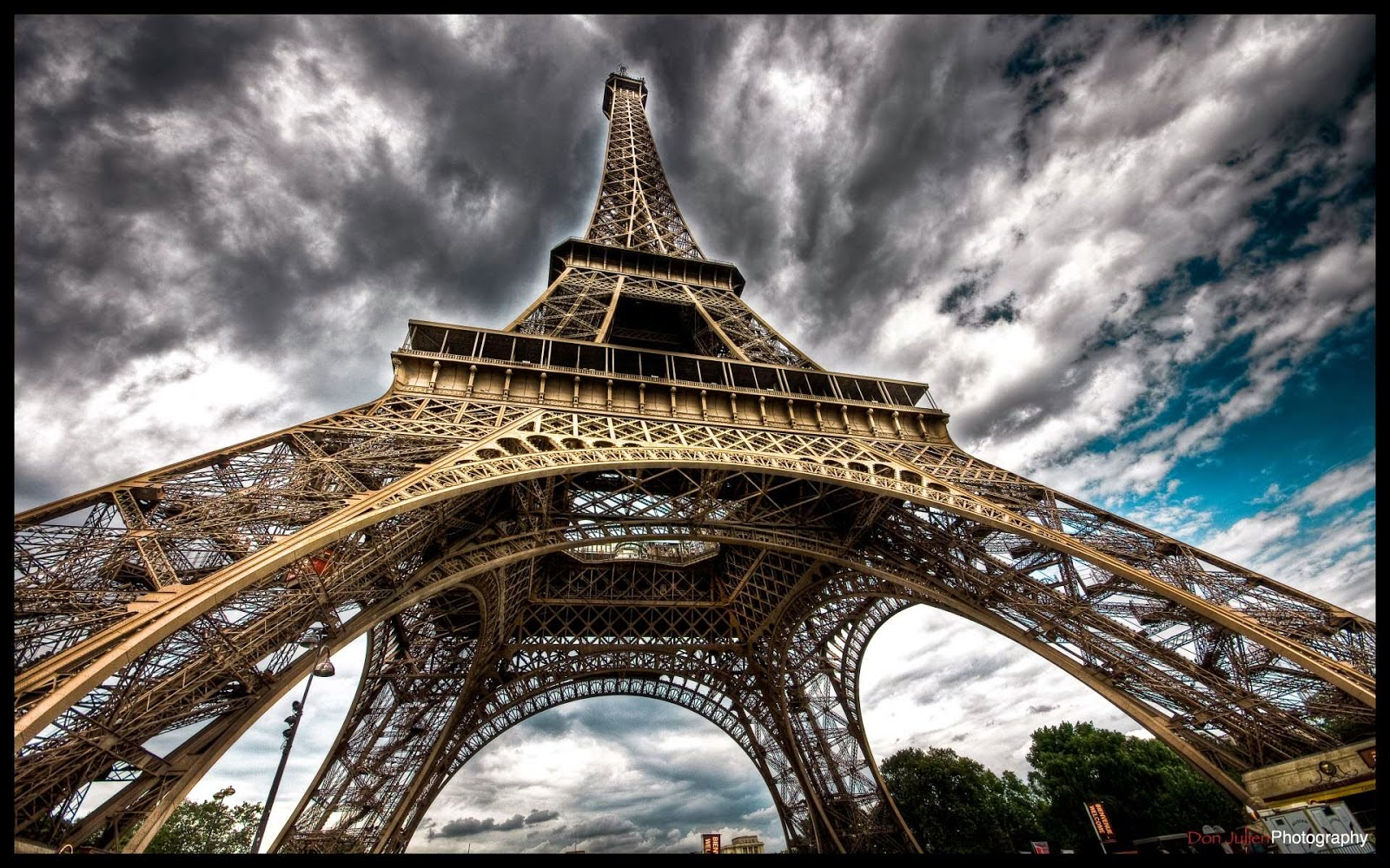 Eiffel Tower Amazing Pictures Eiffel Tower Latest Hd
