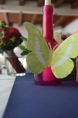 butterfly - schmetterling - Deutsch-indische Hochzeit im Riessersee Hotel Garmisch-Partenkirchen, Bayern, Navy Blue, Weiß, Fuchsia, Vintage, Schmetterlinge, Ballons - #deutsch-indische Hochzeit #Riessersee Hotel #heiraten in Bayern #Hochzeit in Garmisch