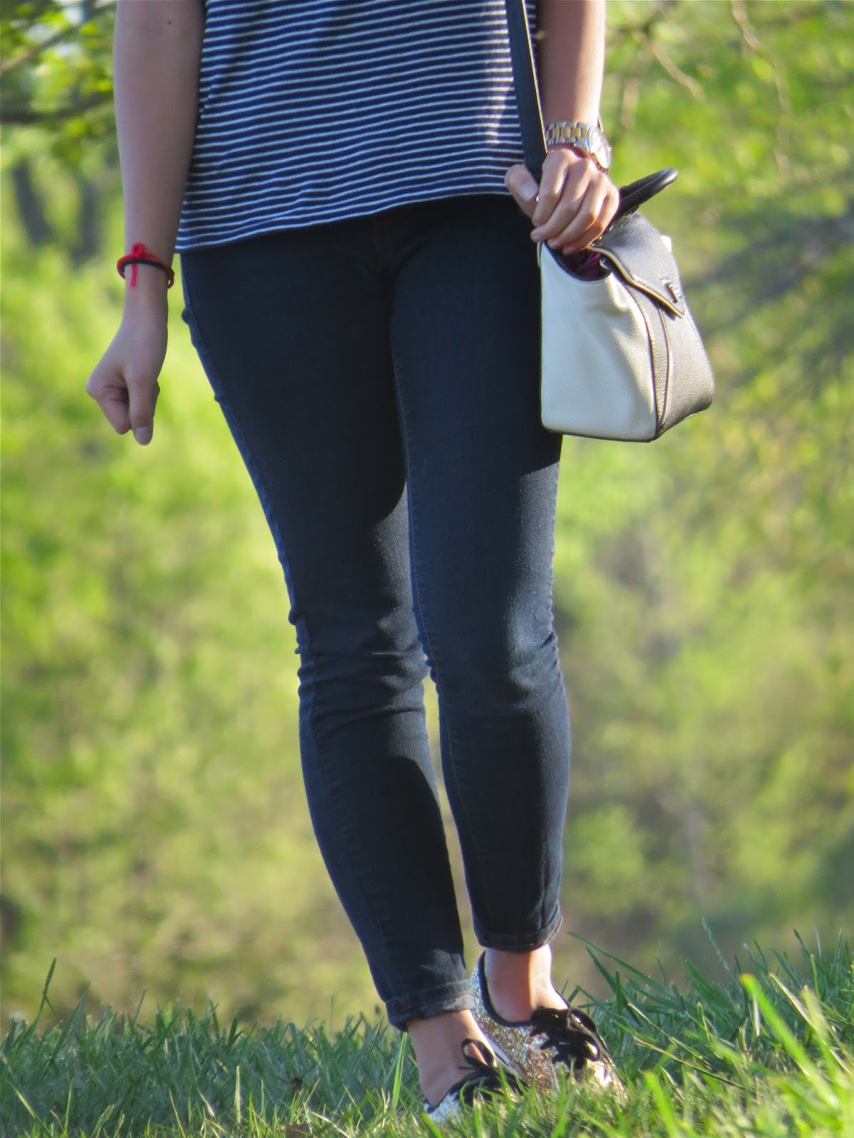 the_most_comfortable_black_jeggings