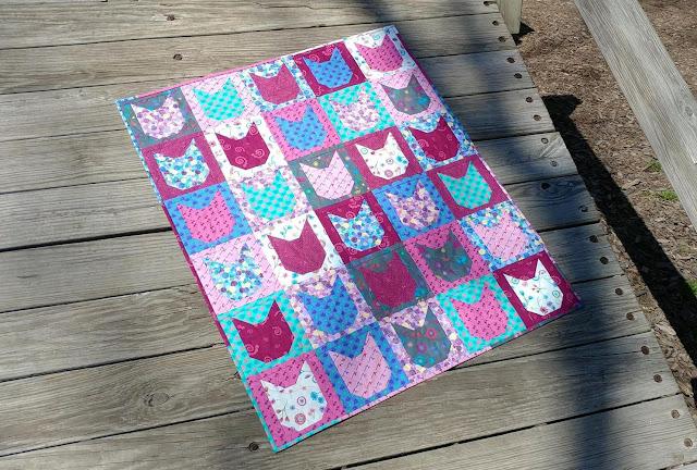Kitty cat quilt using Sarah Maxwell's fabric