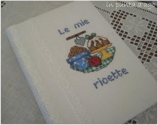 http://silviainpuntadago.blogspot.it/2011/01/un-ricettario.html