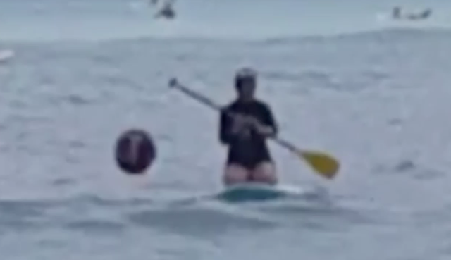 UFO News ~ Black UFO Shoots Past Paddle Boarder In Waikiki, Hawaii plus MORE Hawaii%252C%2BISS%252C%2BRussia%252C%2BUSA%252C%2BAmerica%252C%2Bpolitics%252C%2BUnited%2BNations%252C%2BUFO%252C%2BUFOs%252C%2Bsighting%252C%2Bsightings%252C%2Bnews%252C%2BET%252C%2Baliens%252C%2Bradar%252C%2B2018%252C%2Bfeb%252C%2Bscott%2Bc%2Bwaring