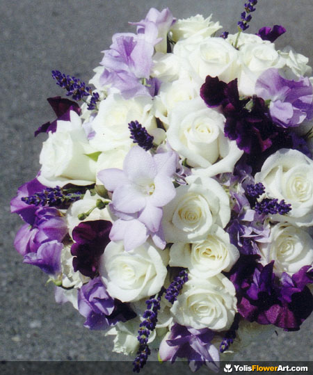 Purple And White Wedding Flower Bouquets: Beautifull Flowers 2011: Wedding Flowers Purple