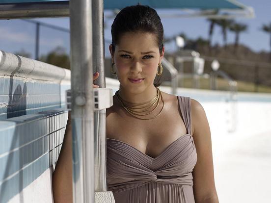 Julia Goerges Hot Bikini Photos Watch Hollywood News