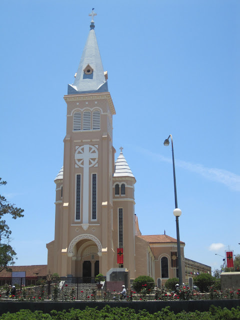 Bell de cathédrale de Da Lat