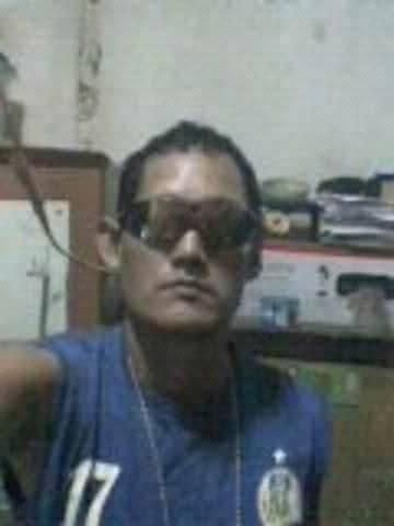 Agustinus Sirait Seorang Perjaka Beragama Kristen Suku Batak Berprofesi Karyawan Bank Di Jayapura Papua Mencari Jodoh Pasangan Gadis Untuk Jadi Calon Istri