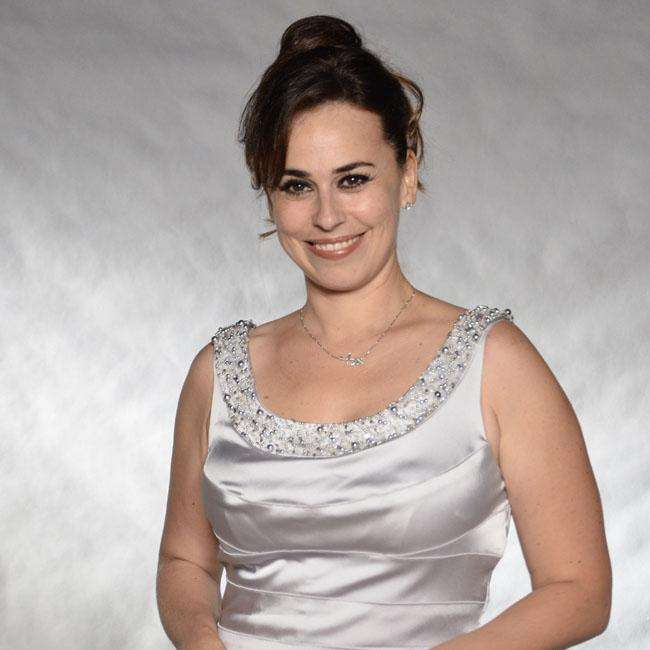 0c614baa25546 Ex-atriz da Rede Globo deixa as novelas para virar dubladora em Hollywood
