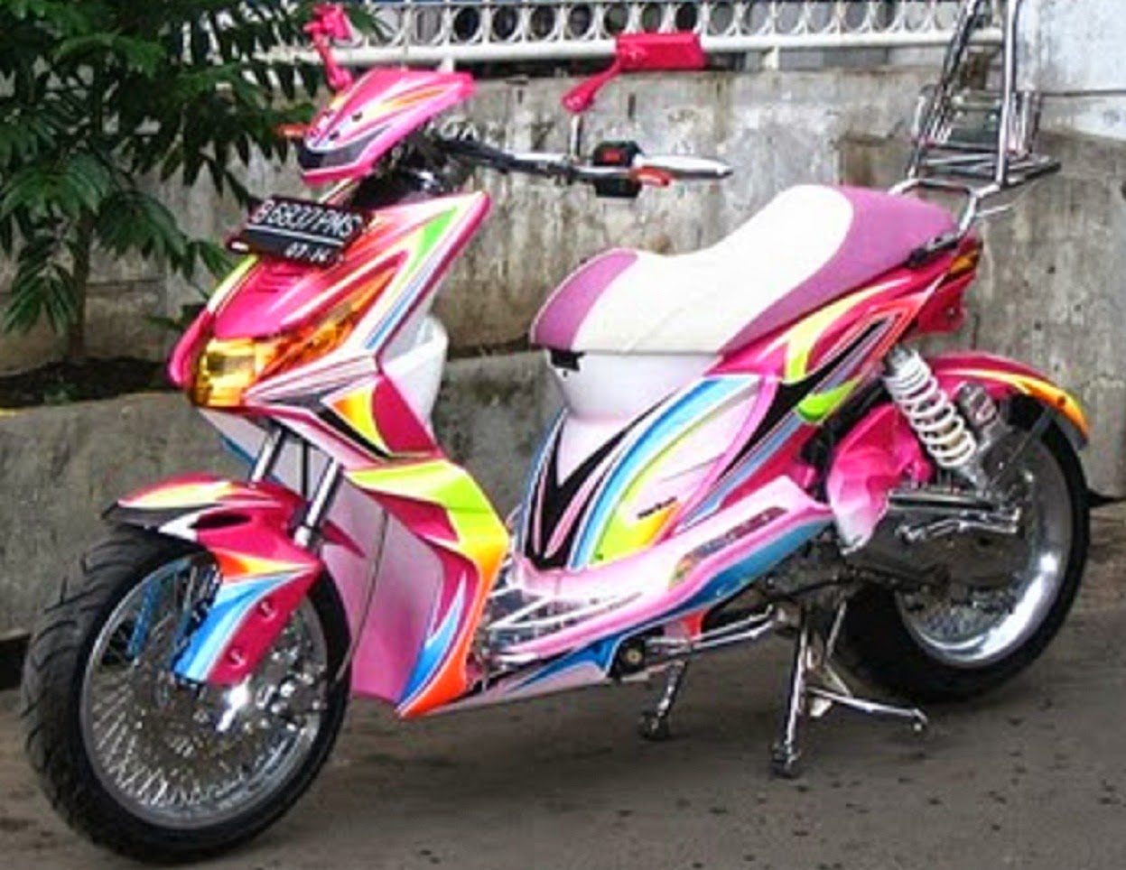 Modifikasi Motor Beat Sederhana Simple Airbrush Ala Thailand