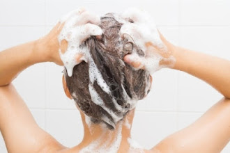 Some effective methods to treat dandruff problems