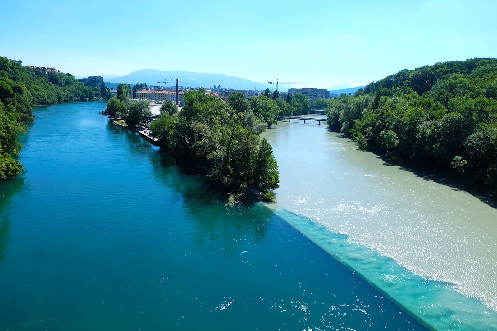 Rivers colliding in Geneva