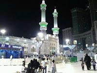 Para Malaikat Kecil di Masjid Al-Haram