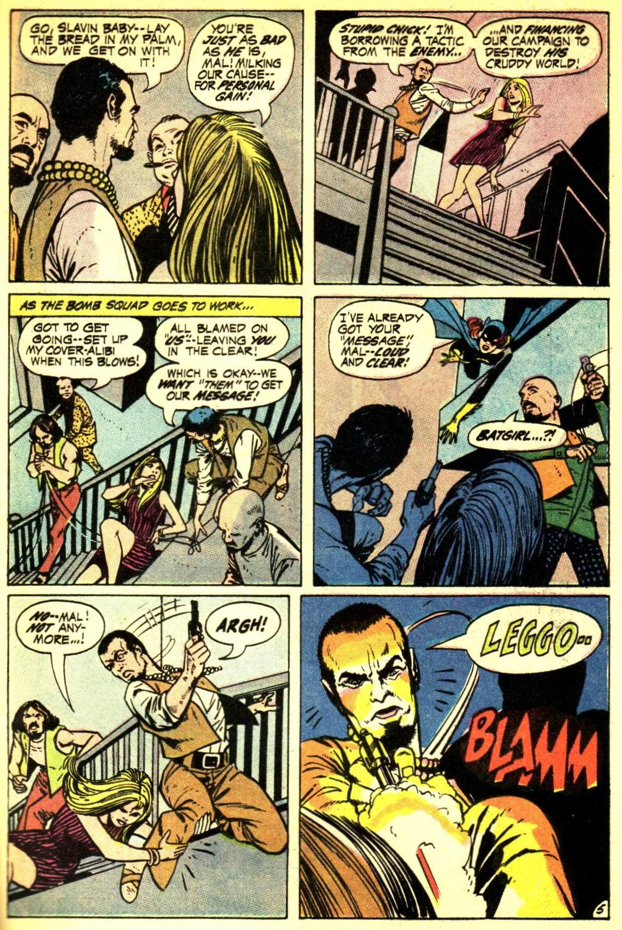 Detective Comics (1937) 407 Page 28