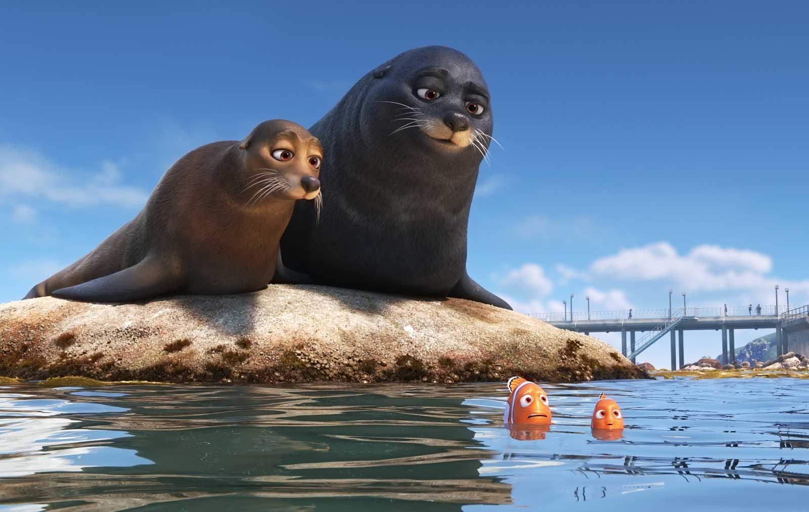 """Marlin, Nemo y los leones marinos de """"Buscando a Dory"""""""