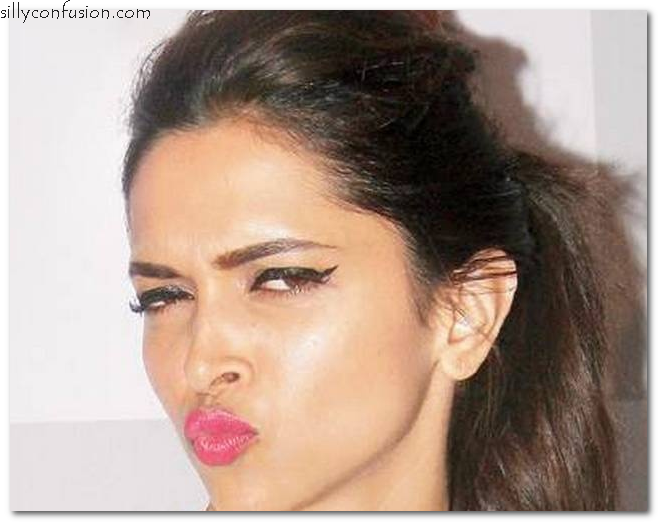 Bollywood Actresses In Selfie Mood Pouting Lips Pictures