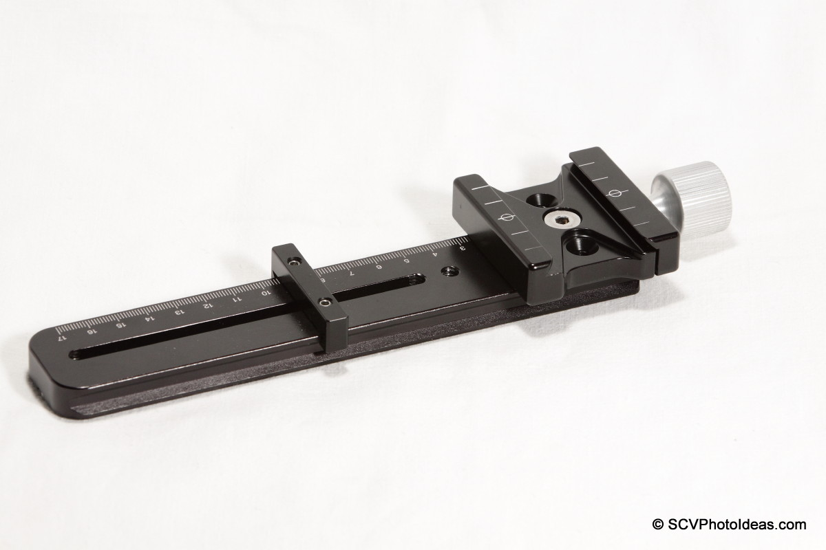 Hejnar Photo E032 Nodal Rail w/ F62a clamp & index bar - right