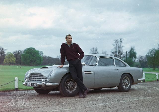 Hình ảnh phim 007: Ngón Tay Vàng