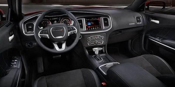 2017 Dodge Charger Scat Pack Engine