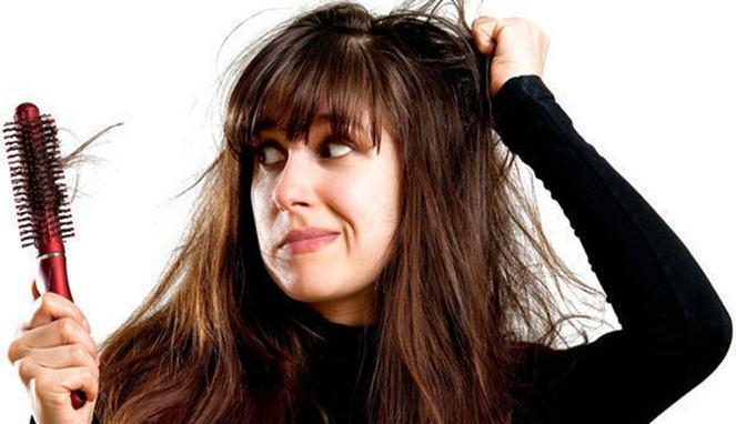 Empat Penyebab Rambut Mudah Rontok
