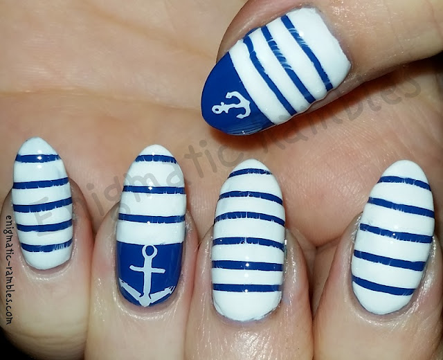 nautical-nails-nail-art