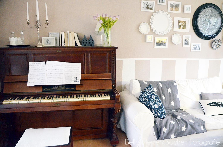 funvit wohnzimmer mit klavier einrichten 28 images funvit wohnzimmer minimalistisch. Black Bedroom Furniture Sets. Home Design Ideas