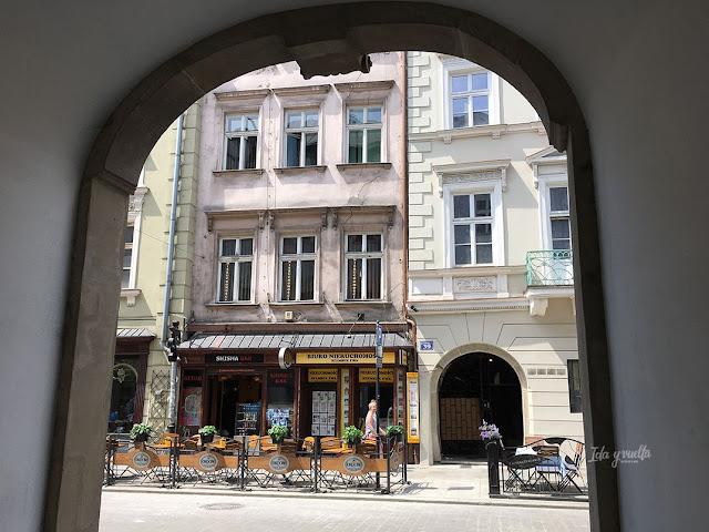 Cracovia fotos arco en el centro histórico