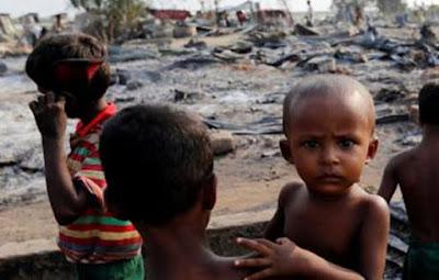 """Kejahatan Tentara Myanmar: Bayi dan Anak-Anak Rohingya """"Disembelih"""""""